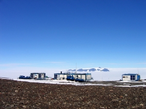 1280px-Aboa_Station,_Antarctica
