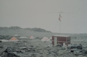 3Y9WT_1986_Norwegian_operation_at Terra_Nova_Bay_TNX_I0JLB