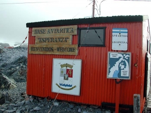 Basi ARG Hope Bay Esperanza