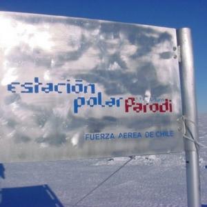 Basi CHL Arturo Parodi chilean base