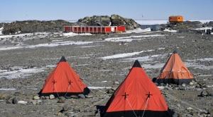 Basi DEU Gondwana Station Antarctica