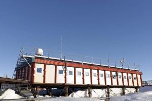 Basi FRA Dumond D'Urville Station