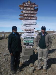 Basi IND Dr Satheesh Shenoi (L) & D. Ajit Tyagi(R)