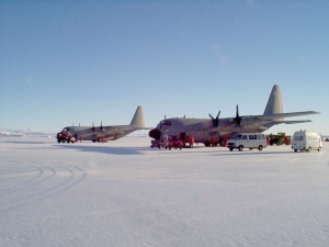 Basi ITA C-130 in the airstrip at  TNB TNX I0JBL