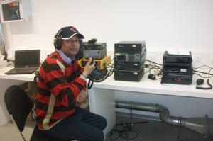 VU3BPZRadio room at Bharati 15-4-2012